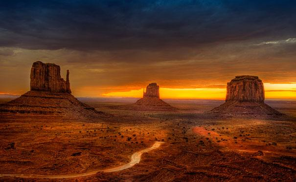 amazing-places-monument-valley-1