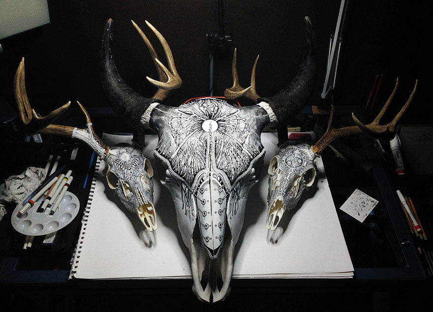 animal-skull-art-peter-deligdisch-1__880