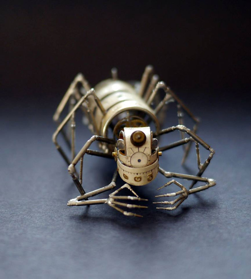 artist-constructs-spine-chilling-insects-and-spiders-fro_005