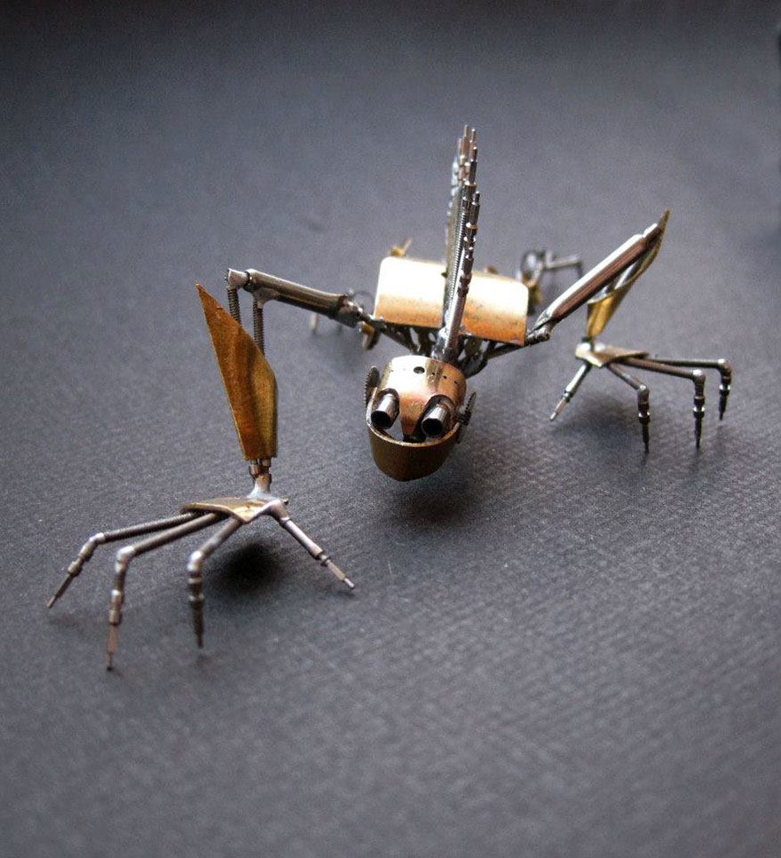 artist-constructs-spine-chilling-insects-and-spiders-fro_012