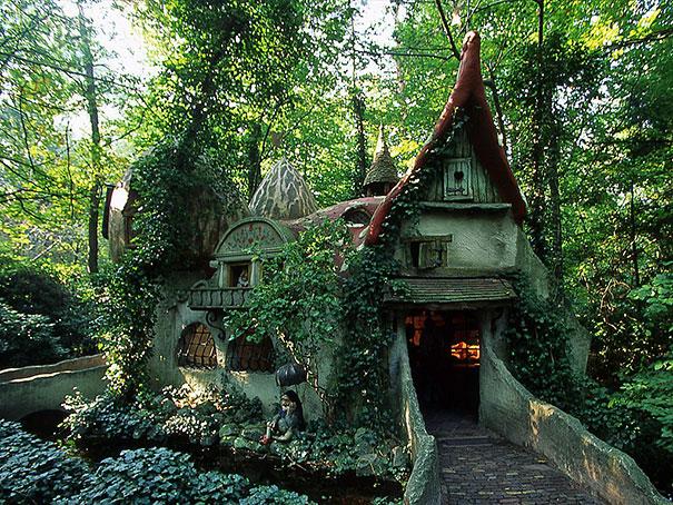 fairy-tale-houses-8