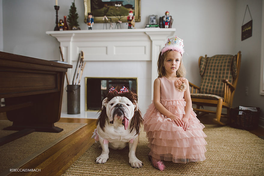 girl-english-bulldog-friendship-photography-lola-harper-_013