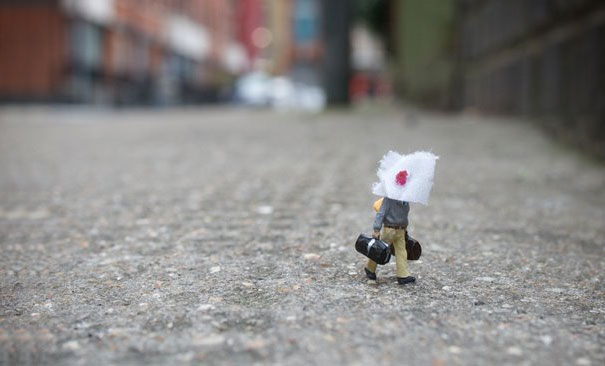 slinkachu-little-people-shave
