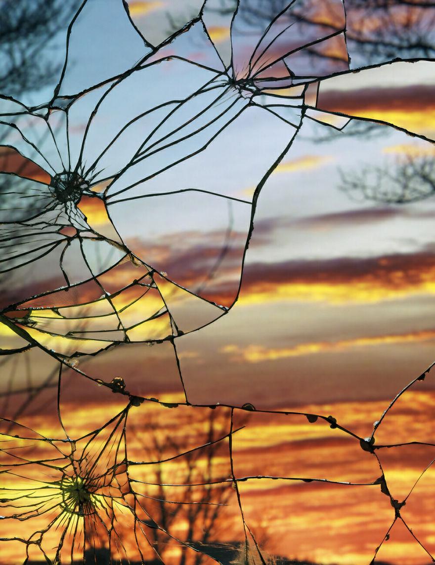L 39 artista che cattura i tramonti riflessi su di uno - Specchi riflessi audio due ...