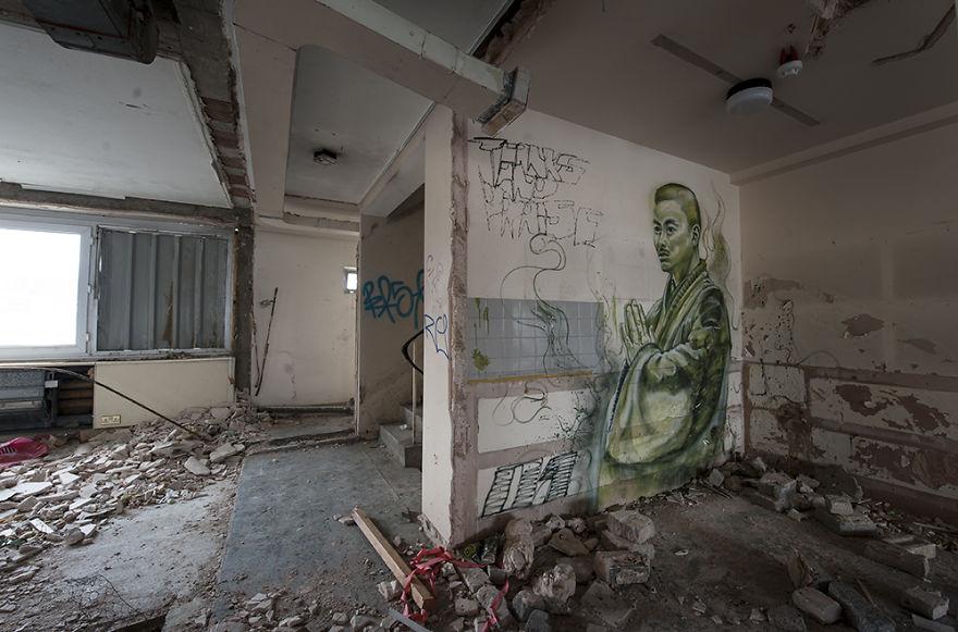 the-graffiti-hotel10__880