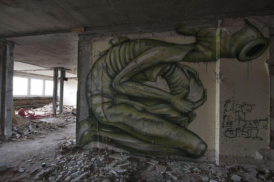 the-graffiti-hotel15__880