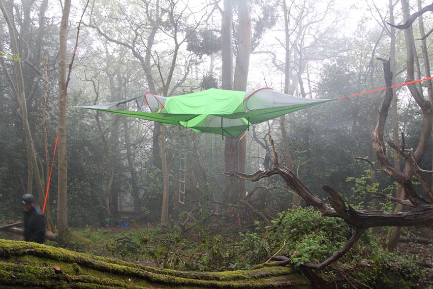 tenda-sospesa-alberi