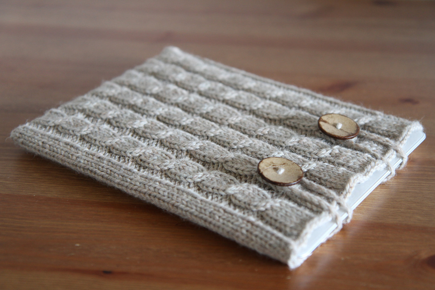 accessori-creativi-iphone-ipad-kindle-laptop-01