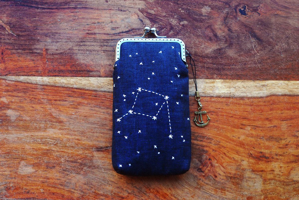 accessori-creativi-iphone-ipad-kindle-laptop-07