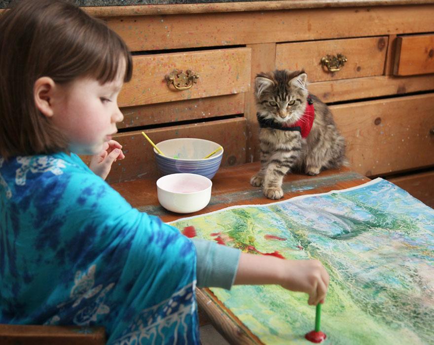 bambina-di-5-anni-dipinge-autismo-iris-grace-08