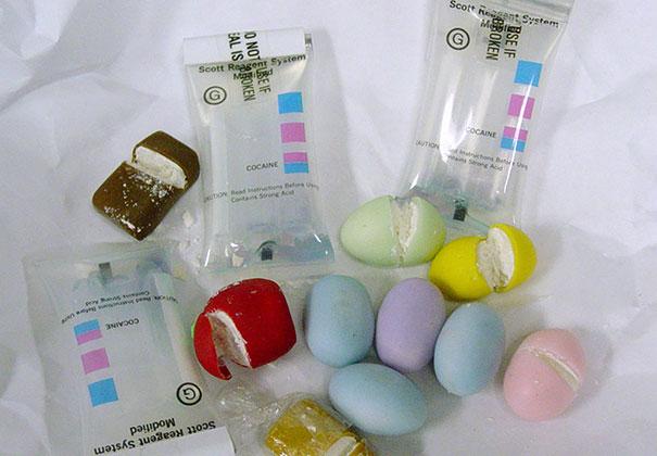 oggetti-confiscati-dalla-dogana