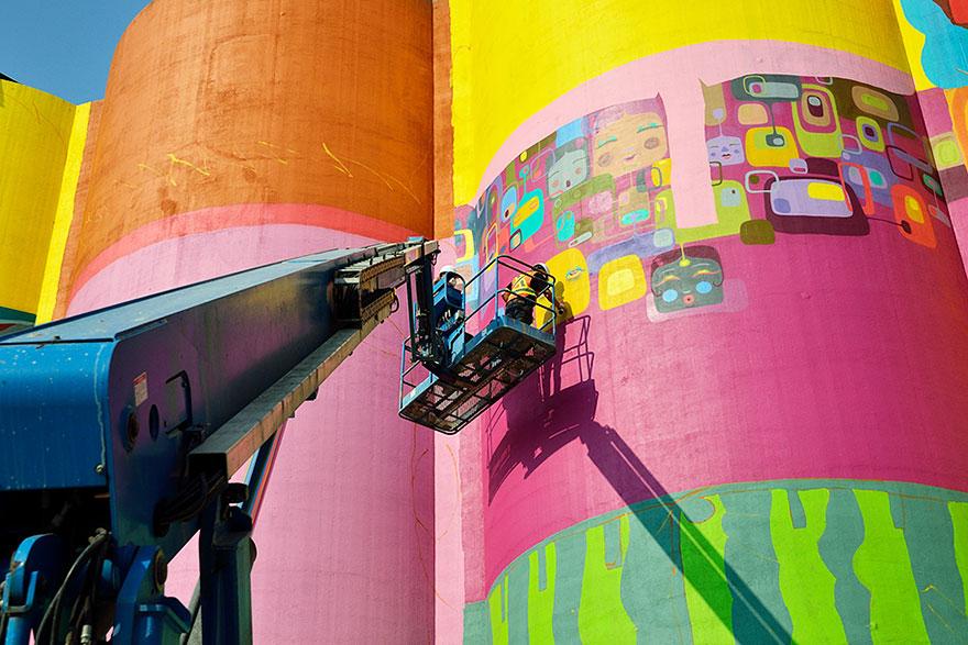 giganti-street-art-murali-industrial-silos-os-gemeos-02