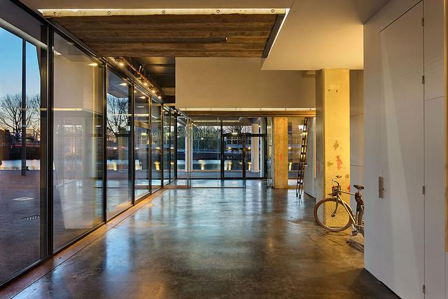 heldergroen-amsterdam-ufficio-che-scompare-video-4