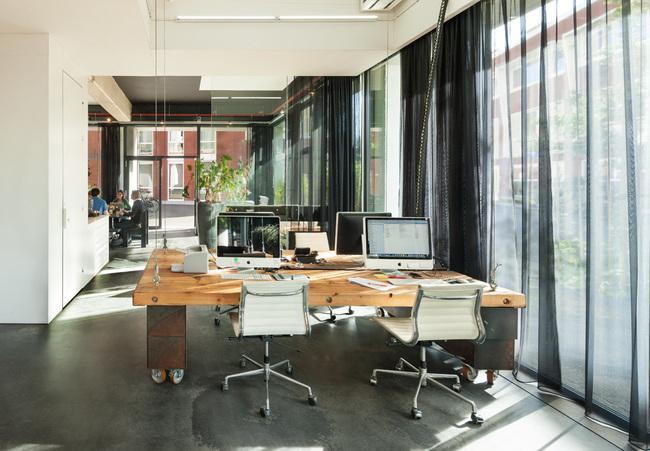 heldergroen-amsterdam-ufficio-che-scompare-video-9