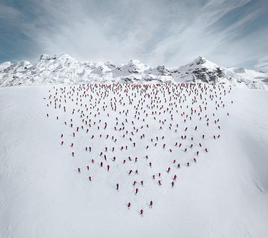 monte-cervino-foto-centinaia-scalatori-robert-bosch-mammut-01
