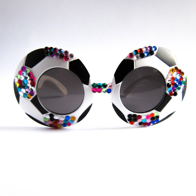 26 modelli di occhiali da sole e da vista alternativi for Occhiali da vista da sole