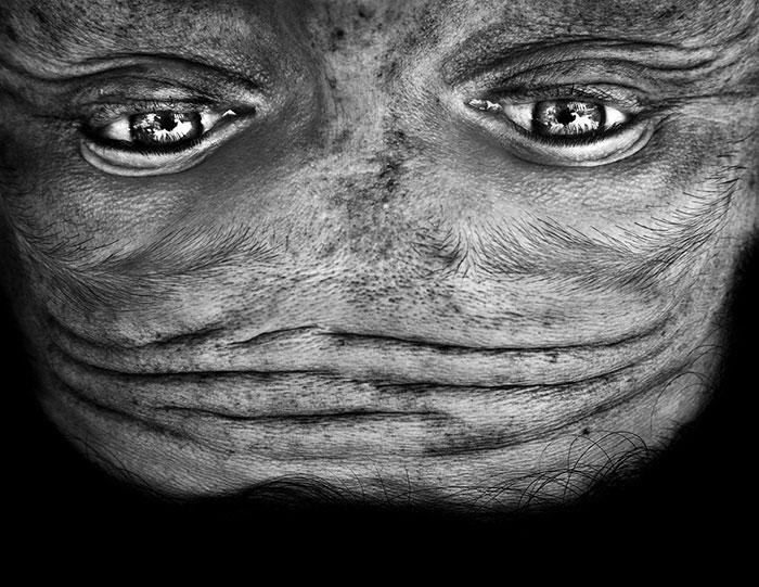 ritratti-fotografici-sottosopra-alieni-alienation-Anelia-Loubser-04
