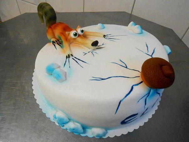 torte-design-creativi-glassa-pasta-di-zucchero-13