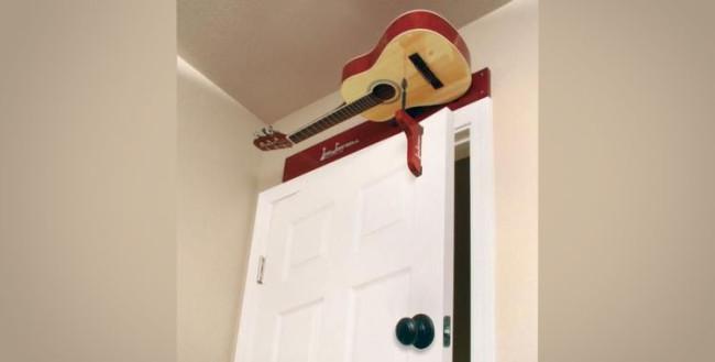 chitarra-porta-campanello-3