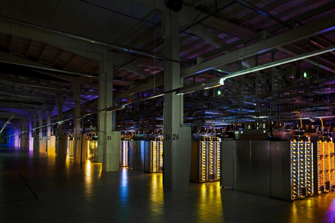 interno-data-center-centri-dati-google-network-06
