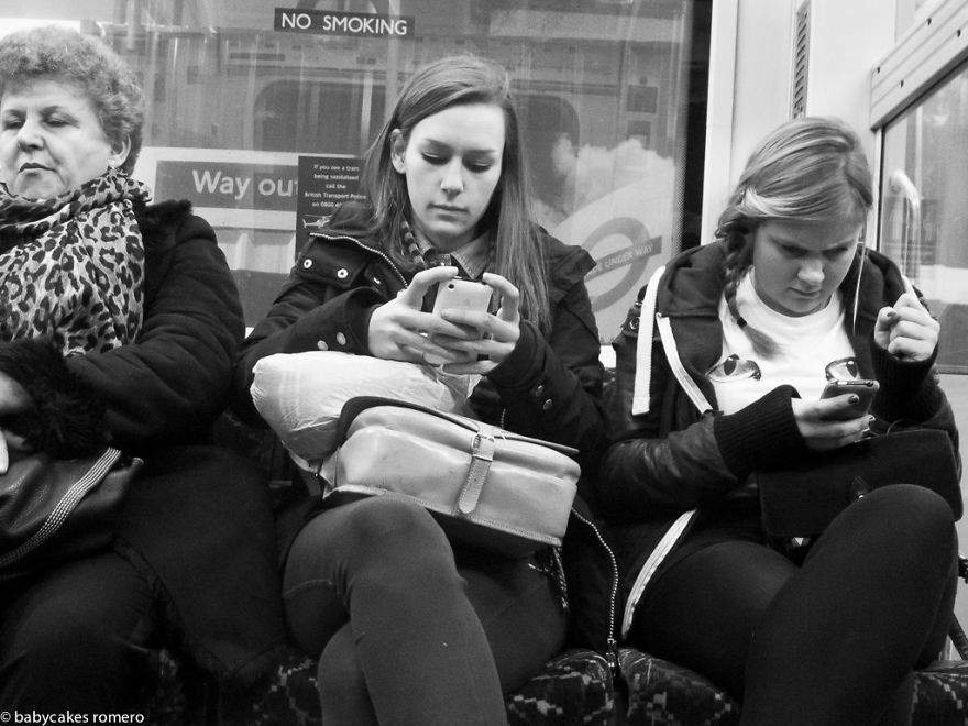 morte-della-conversazione-smartphone-facebook-telefonini-09