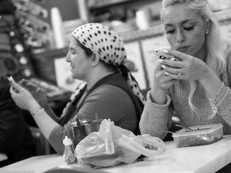 morte-della-conversazione-smartphone-facebook-telefonini-11