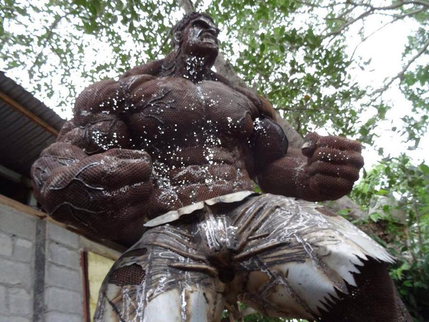 sculture-personaggi-film-metallo-scarto-hulk-ban-hun-lek-03
