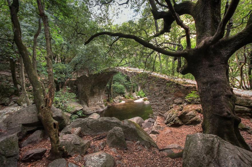 vecchi-antichi-ponti-misteriosi-nel-mondo-04