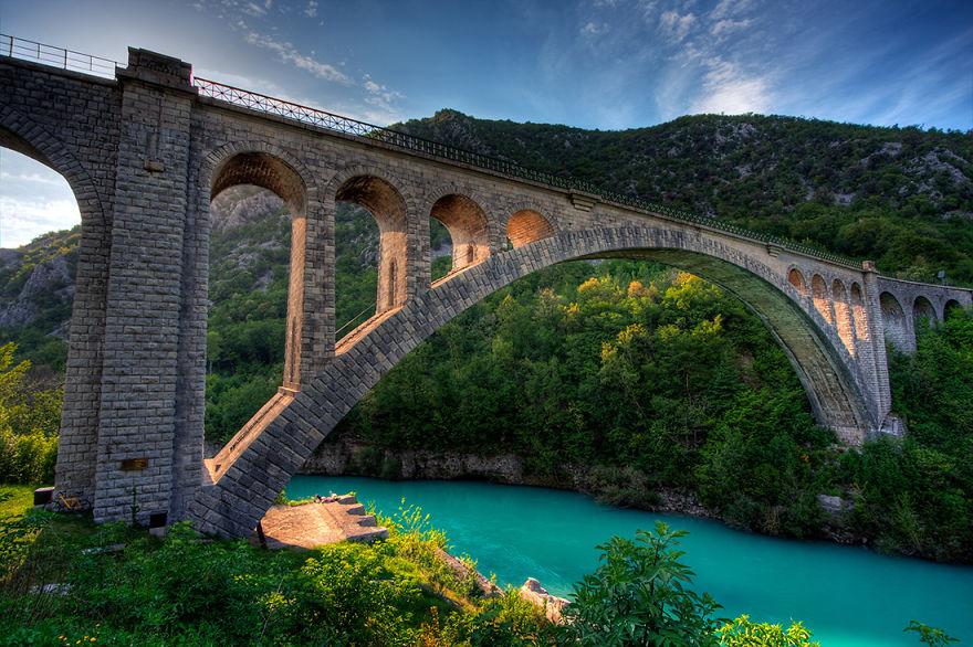 43 ponti magici che sembrano portare verso altri mondi for Portico e design del ponte