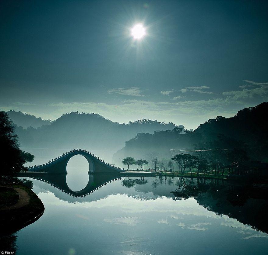 vecchi-antichi-ponti-misteriosi-nel-mondo-23