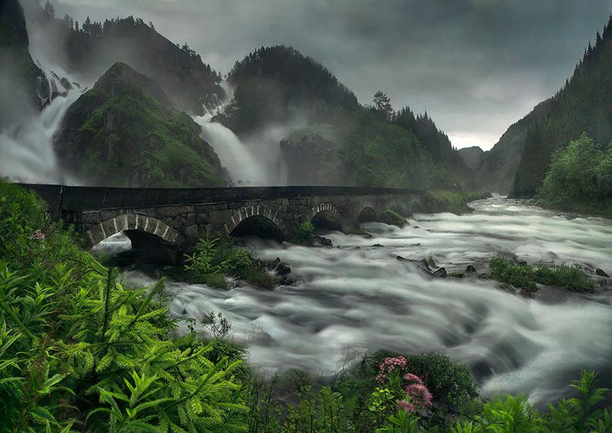 vecchi-antichi-ponti-misteriosi-nel-mondo-29