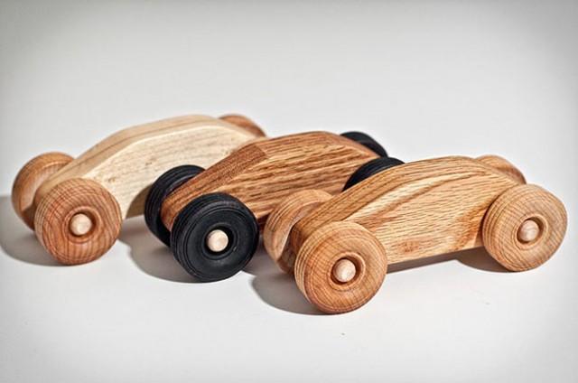 Top Vroom! Automobili giocattolo in legno che sono anche degli oggetti  ZC22