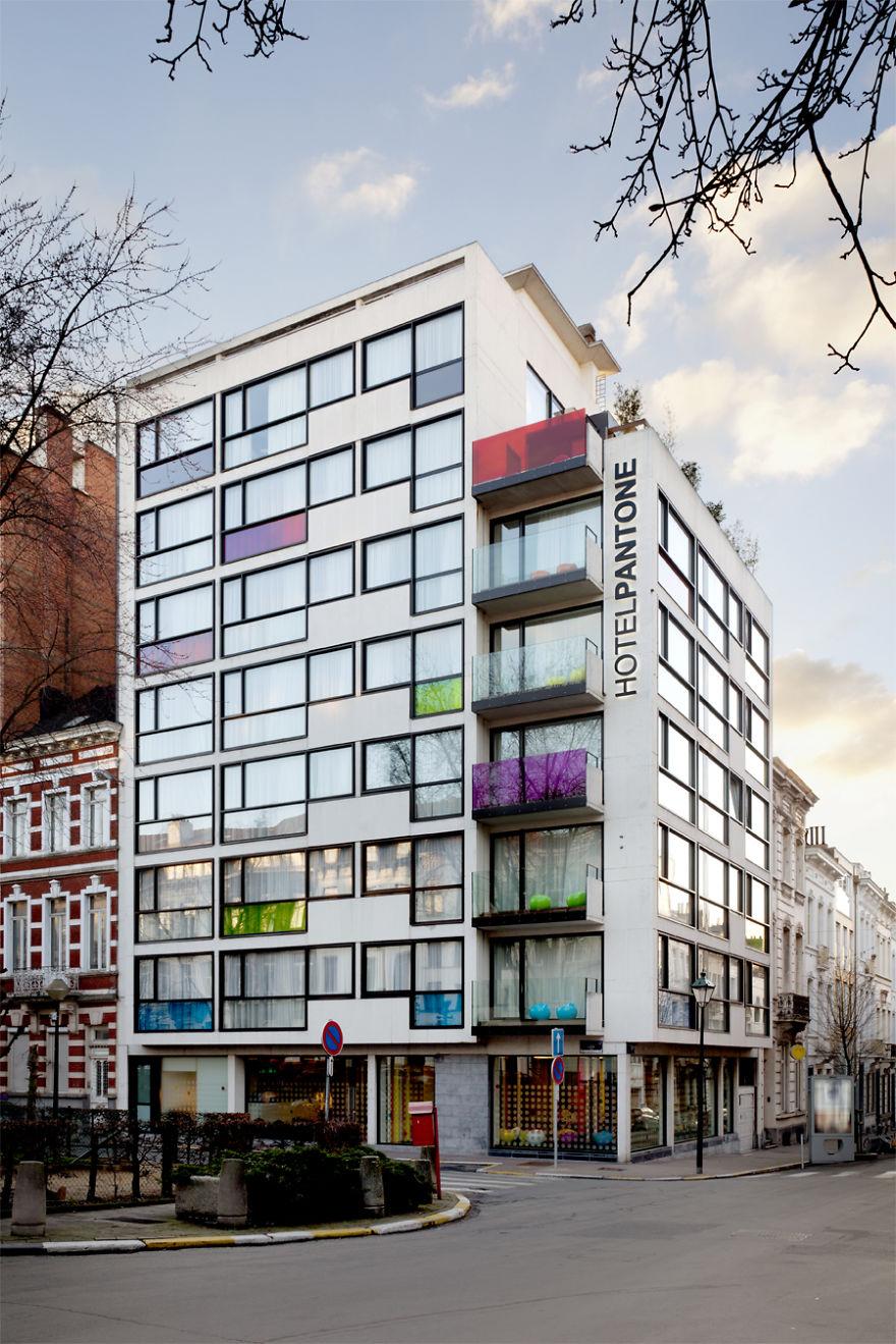 pantone-hotel-colori-bruxelles-09