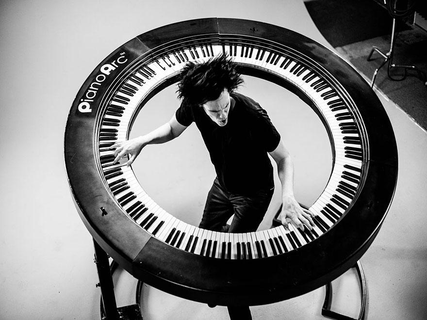 piano-arc-tastiera-circolare-brockett-parson-1