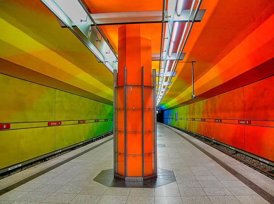 Stazione U-bahn, Monaco, Germania