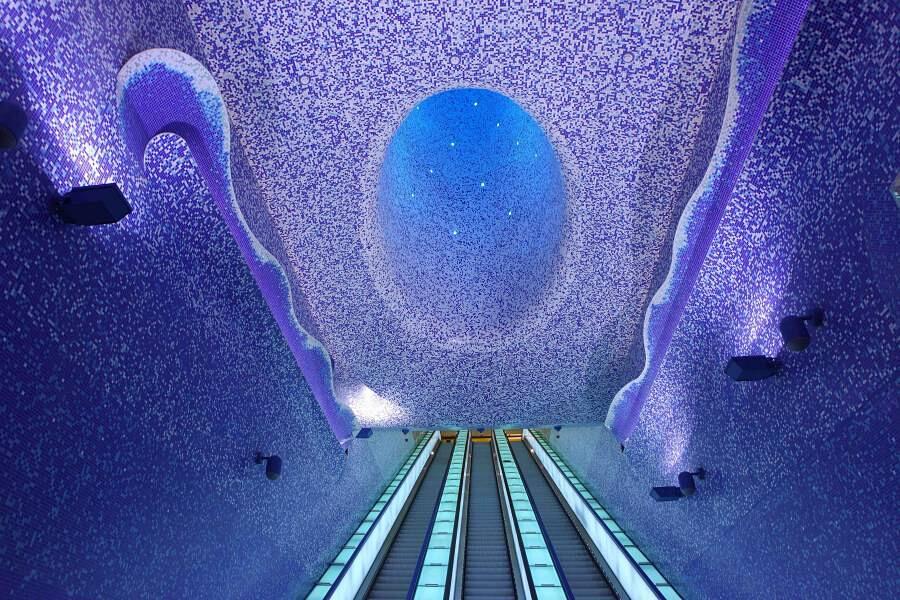 Stazione Toledo, Metropolitana di Napoli, Italia