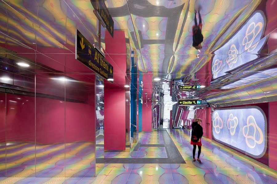 Stazione metro Università di Napoli, Italia