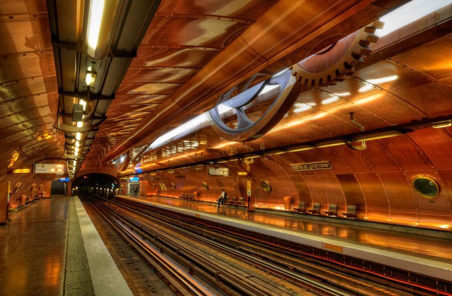 Stazione delle metropolitana Arts Et Métiers, Parigi, Francia