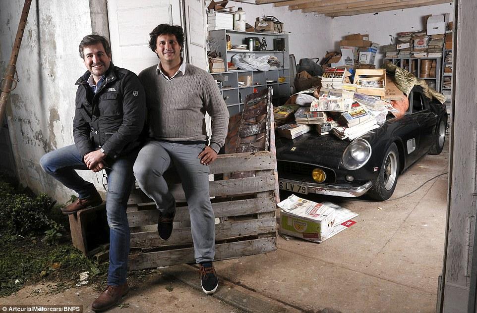 60-automobili-epoca-vintage-abbandonate-08