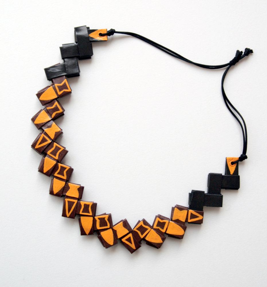 collane-artistiche-materiali-riciclati-egeo-2