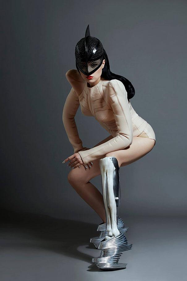 gamba-protesi-prototype-viktoria-modesta-1