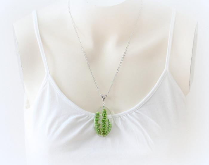 gioielli-collane-ciondoli-fiori-piante-foglie-petali-resina-01