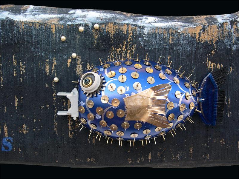 sculture-materiali-di-recupero-rifiuti-mare-pesci-scubafish-05