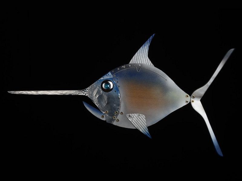 sculture-materiali-di-recupero-rifiuti-mare-pesci-scubafish-12