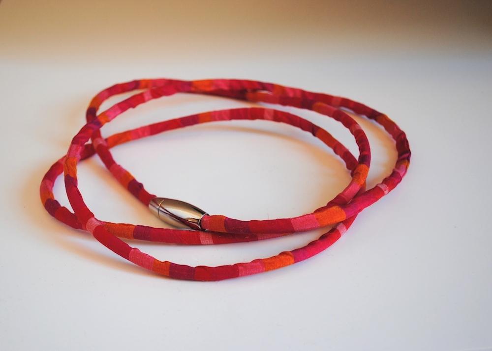 LINE Necklace-gioielli-artigianali-ecosostenibili-in-tessuto
