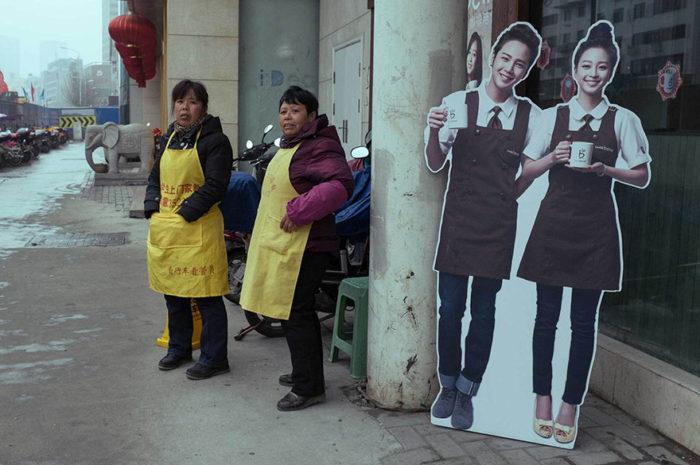 fotografo-autodidatta-cinese-scene-di-strada-divertenti-21