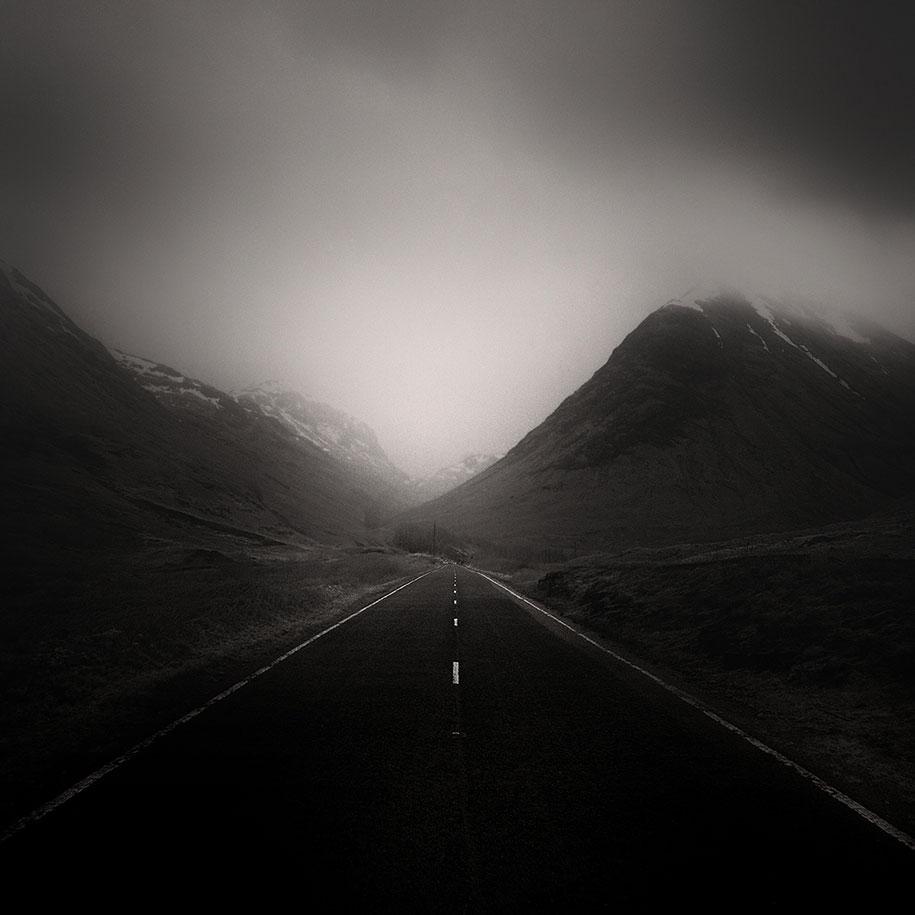 strade-solitarie-deserte-isolate-fotografia-andy-lee-09