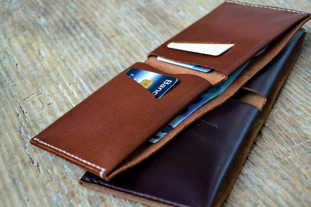 DSC_0082-accessori-portafogli-cinture-pelle-cuoio