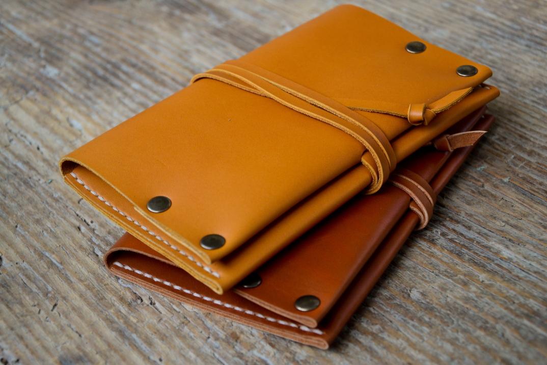 DSC_0088-accessori-portafogli-cinture-pelle-cuoio