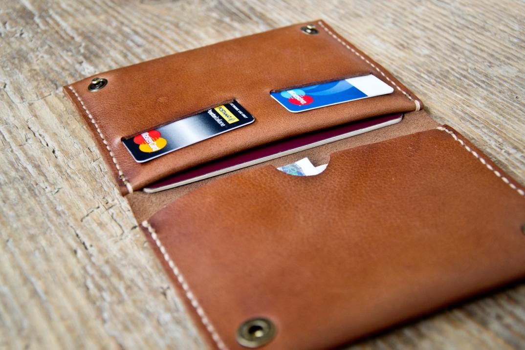 DSC_0557-3-accessori-portafogli-cinture-pelle-cuoio